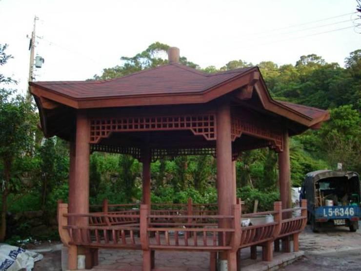 木涼亭:  庭院 by 茂林樓梯扶手工程團隊