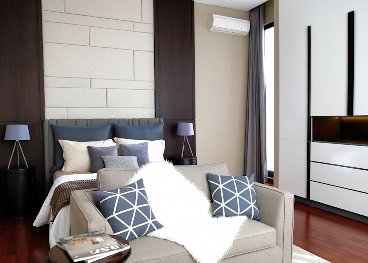 LV Residence:  Kamar Tidur by EquiL Interior