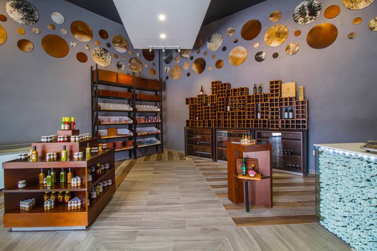 Shopping Centres by DIN Interiorismo , Modern