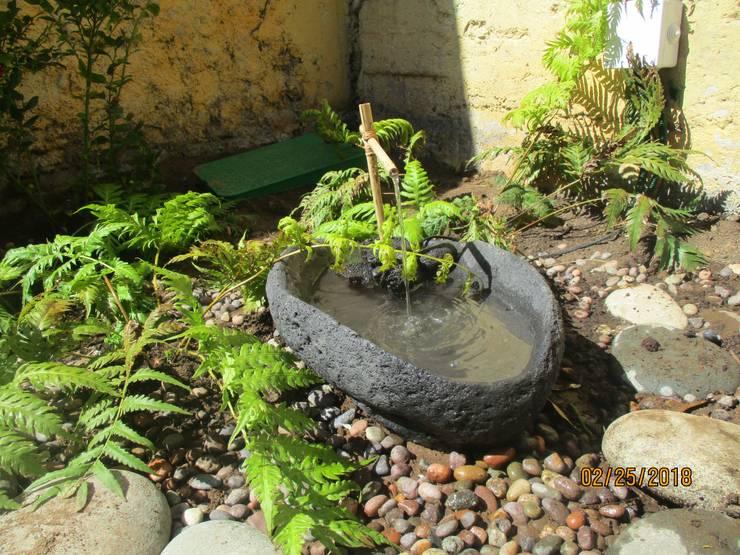 Jardín La Reina:  de estilo  por Melany Neuburg Ecologa Paisajista