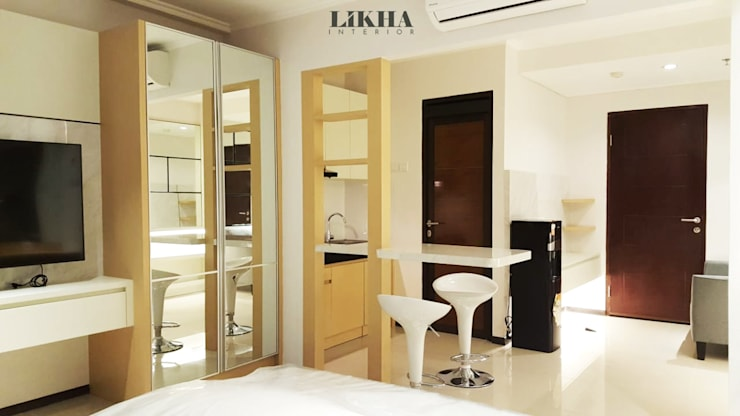 Built-in kitchens by Likha Interior