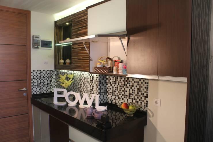 Rak Penyimpanan Dapur:  Dapur by POWL Studio