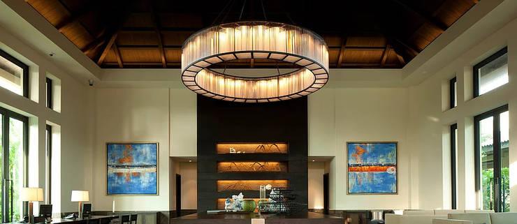 Bespoke chandeliers design & supply: classic  by Fabio Lighting, Classic Copper/Bronze/Brass