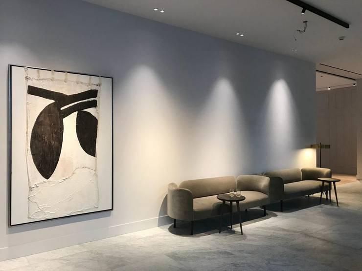 Pillows Grand hotel Reylof Gent :  Hotels door About Art