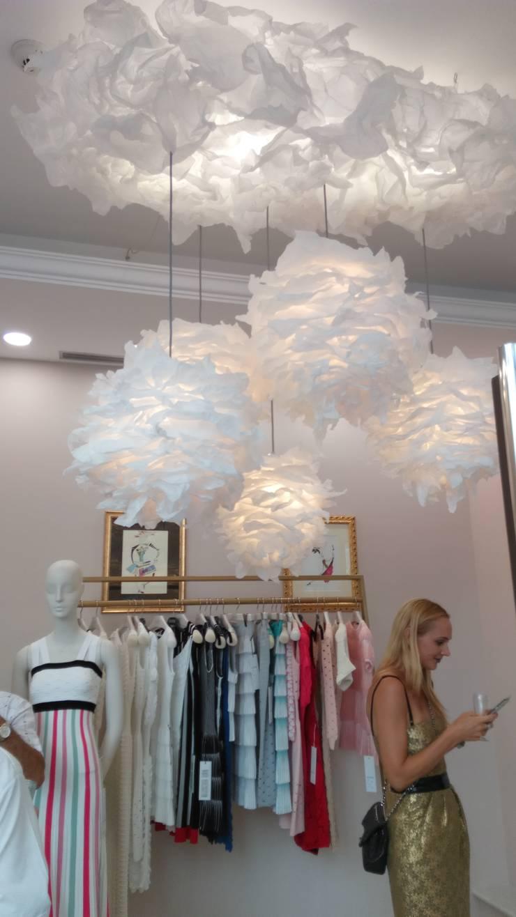Nuvola: Camera da letto in stile  di SeFa Design by nature