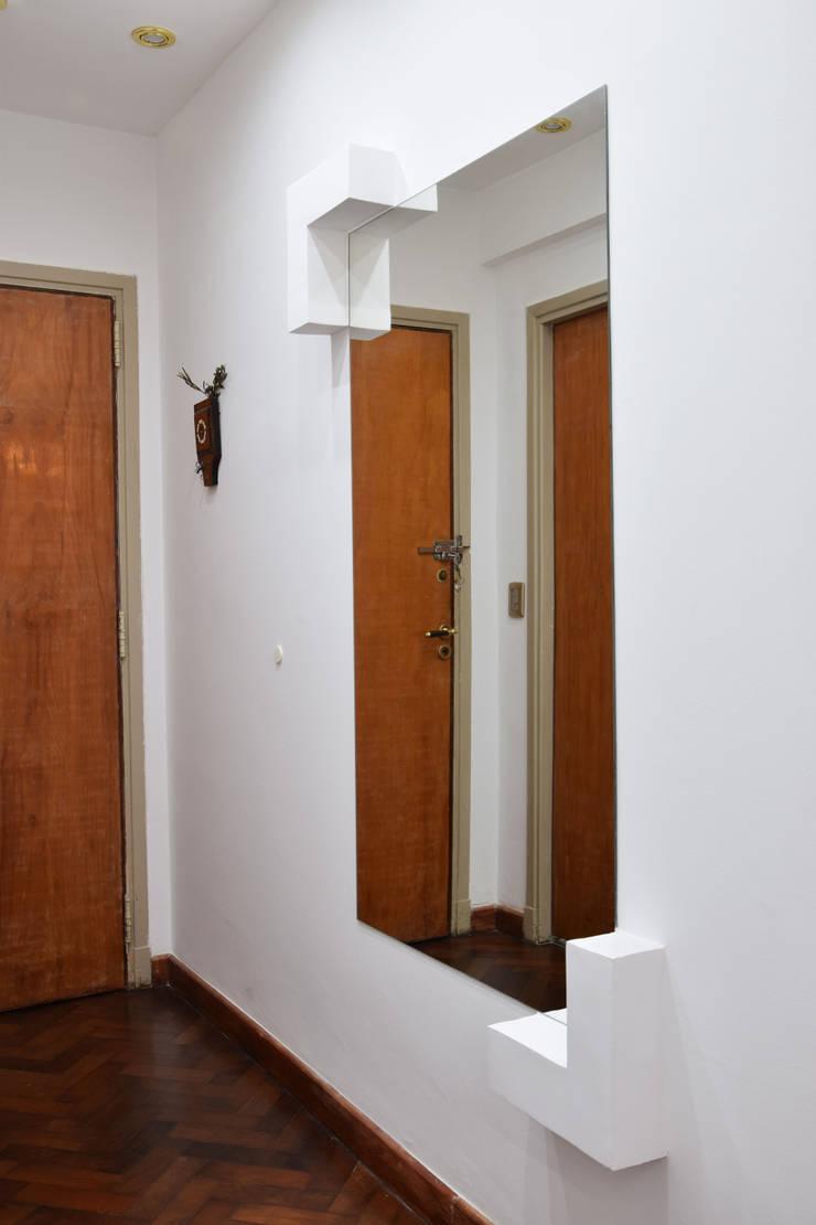Коридор и прихожая в . Автор – Arquimundo 3g - Diseño de Interiores - Ciudad de Buenos Aires, Модерн