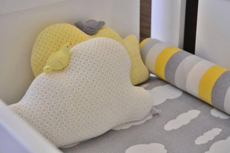 Dormitório de Bebê Lindo: Quartos de bebê  por BG arquitetura | Projetos Comerciais