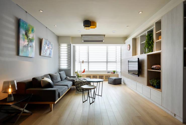 介質:  客廳 by 耀昀創意設計有限公司/Alfonso Ideas