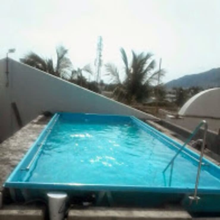 rectangular roof top swimming pool:  Garden Pool by arrdevpools