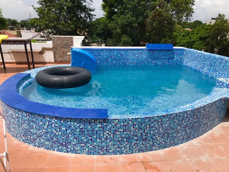Roof top swimming pools:  Hot Tubs by arrdevpools