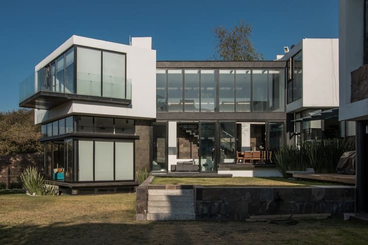 Modern houses by Eskema Modern