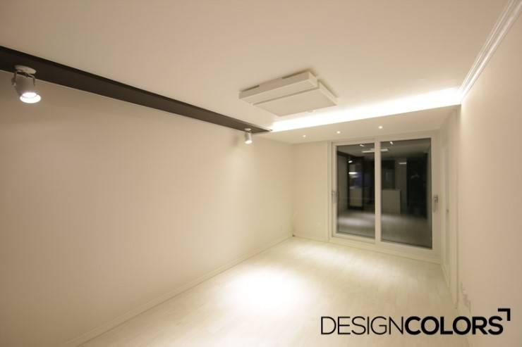 강서구 가양동 가양6단지 아파트 인테리어 22평: DESIGNCOLORS의  거실,