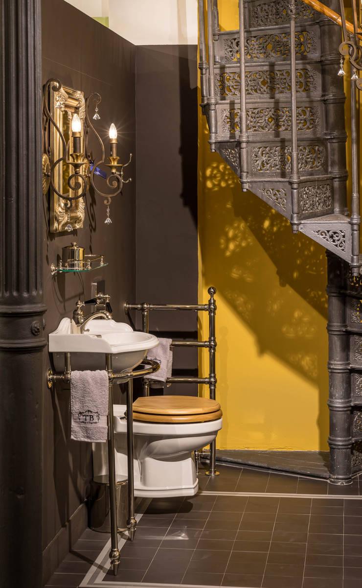 Klassisches Badezimmer im englischen Stil von Traditional Bathrooms ...