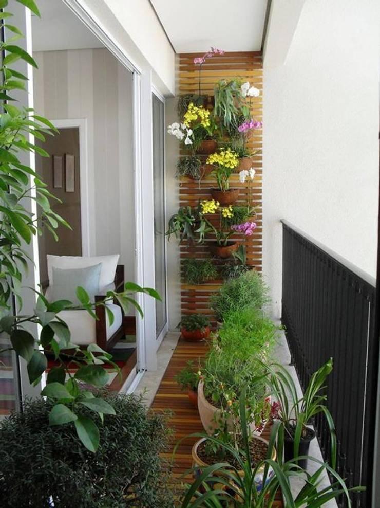 Remodelación : Paisajismo de interiores de estilo  por Arkited