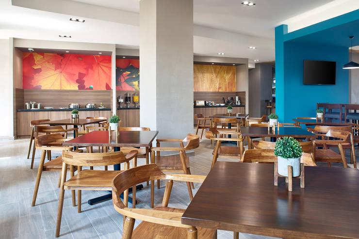 Hotels oleh ARCO Arquitectura Contemporánea , Modern
