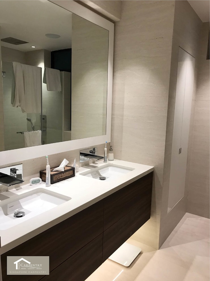 Transitional style at 53 Grange Road: modern Bathroom by Singapore Carpentry