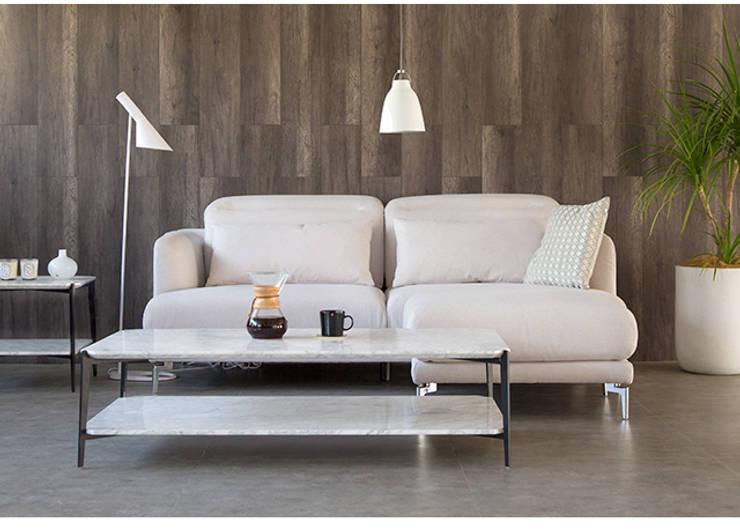 Japanese Designer Sofa: asian Living room by BedandBasics
