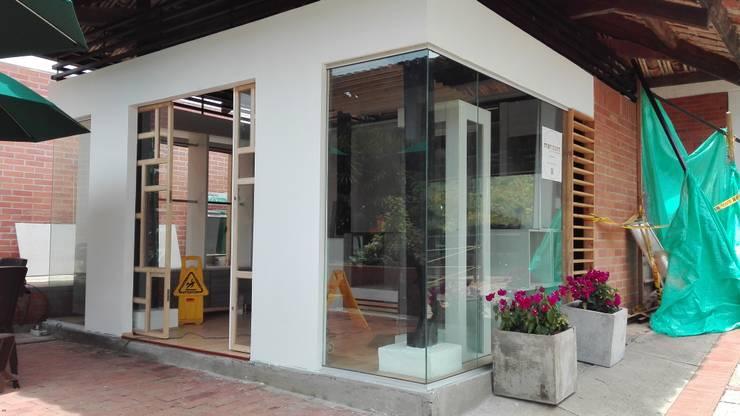 Tienda 1: Vistas:  de estilo  por MARROOM | Diseño Interior - Diseño Industrial