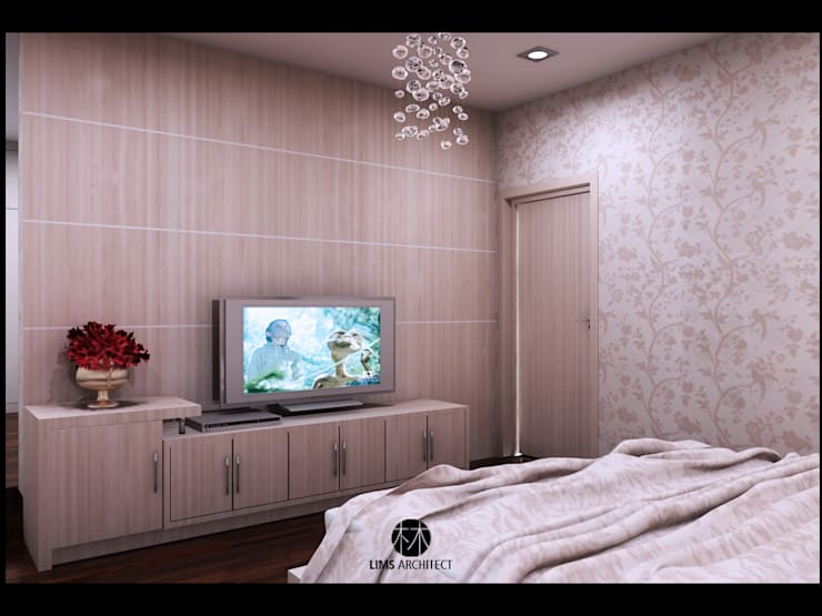 Mrs A Master Room:   by Lims Architect