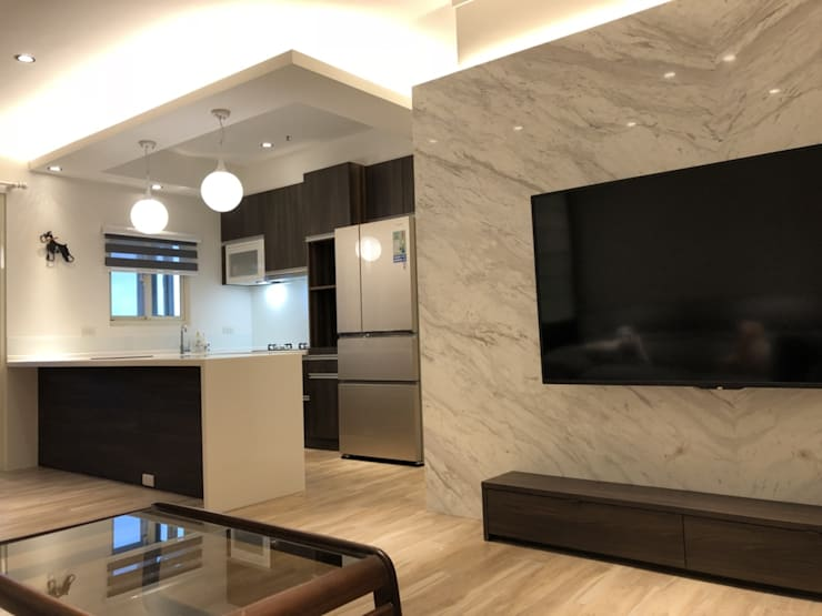 五股成泰路 開放式廚房 造型吧台設計:  客廳 by 捷士空間設計(省錢裝潢)