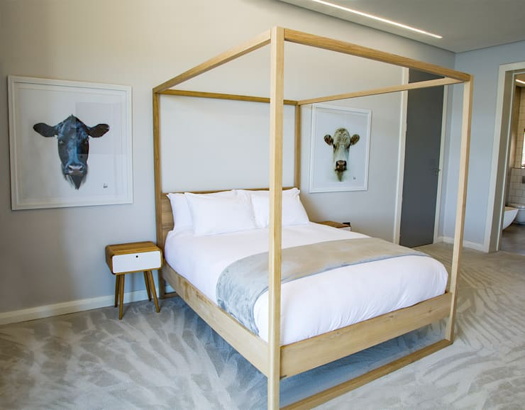 Guest Bedroom 2:  Bedroom by AB DESIGN