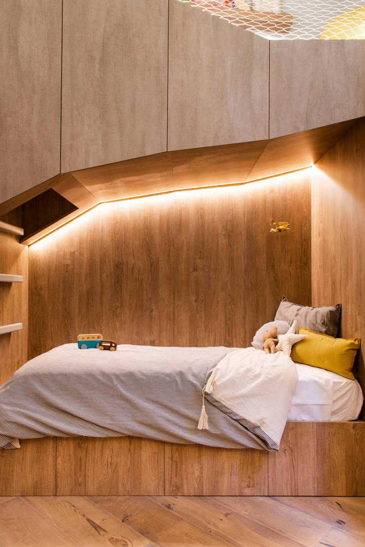Proyecto ejecutado: Dormitorios infantiles de estilo  por Barragan Carpinteria,