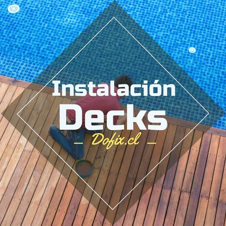 decks piscinas dofix: Balcones y terrazas de estilo  por dofix