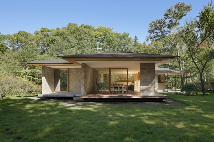 Casas de madera de estilo  por atelier137 ARCHITECTURAL DESIGN OFFICE,