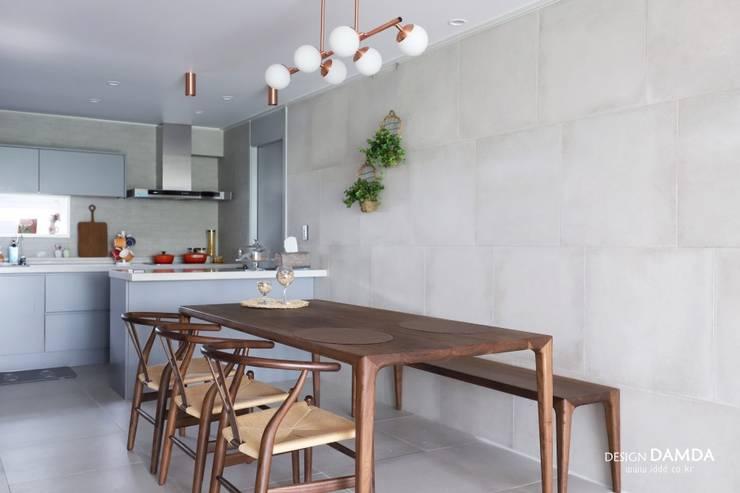 정자동 한솔마을 49평 : 디자인담다의  다이닝 룸