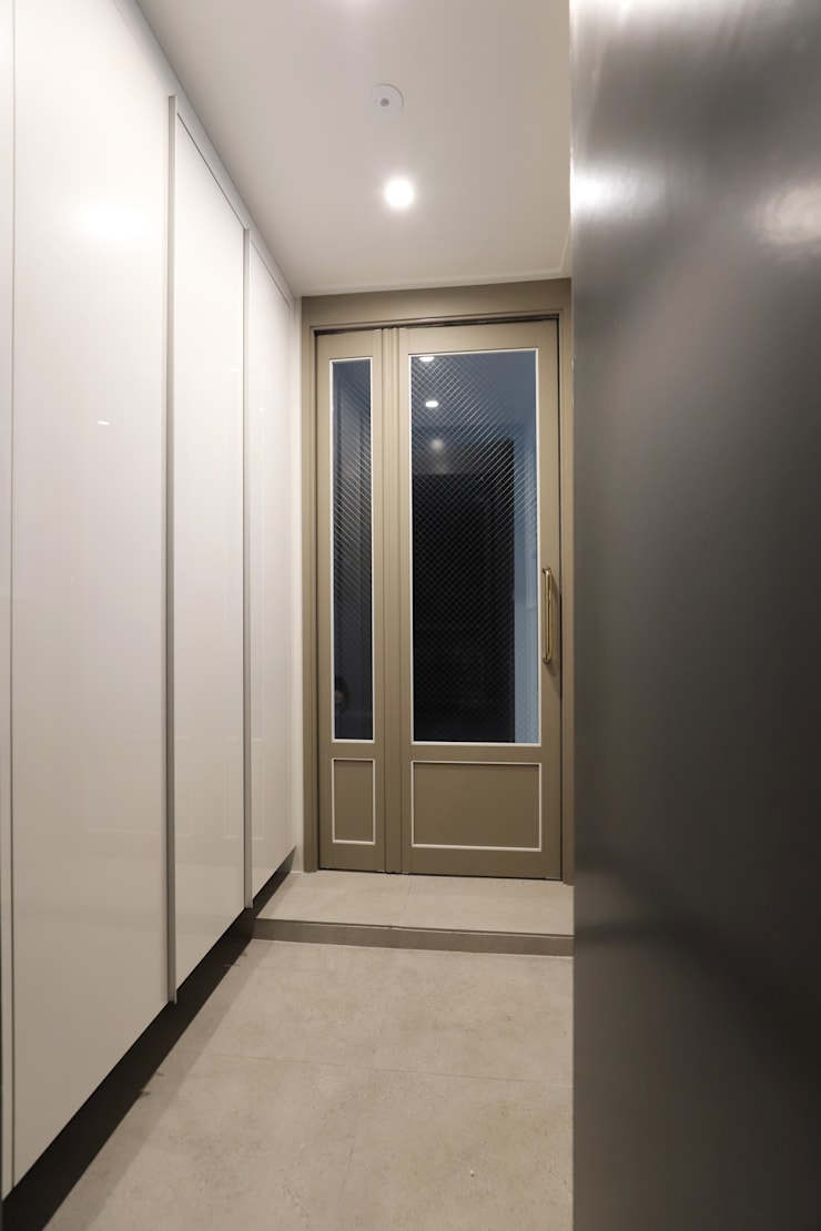 Corridor & hallway by 디자인담다