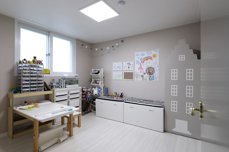 자양동 현대 2차 31평: 디자인담다의  방