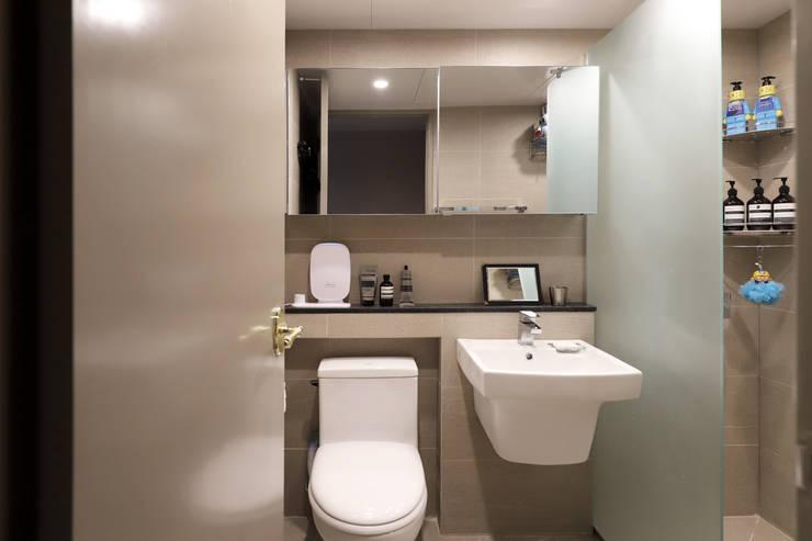 자양동 현대 2차 31평: 디자인담다의  욕실