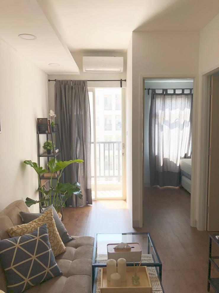 View from main door:  Koridor dan lorong by March Atelier