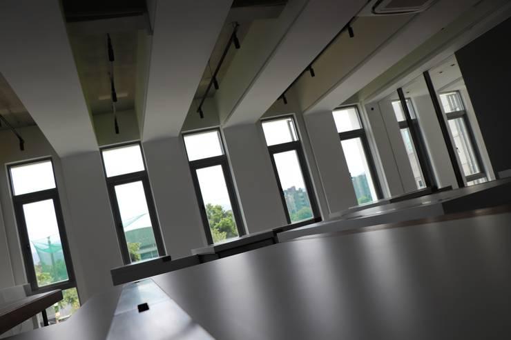 室內推射窗-2:   by 鵝牌氣密窗-台中直營店