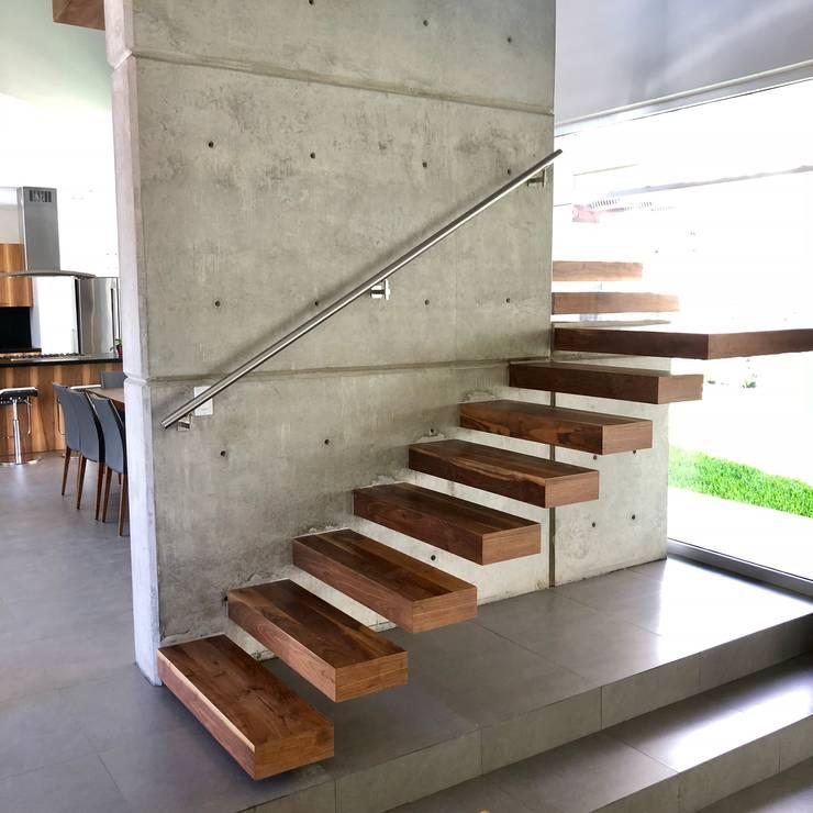 Cầu thang by RFoncerrada arquitectos