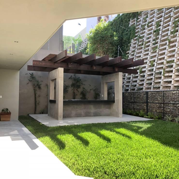 Tejados planos de estilo  de RFoncerrada arquitectos