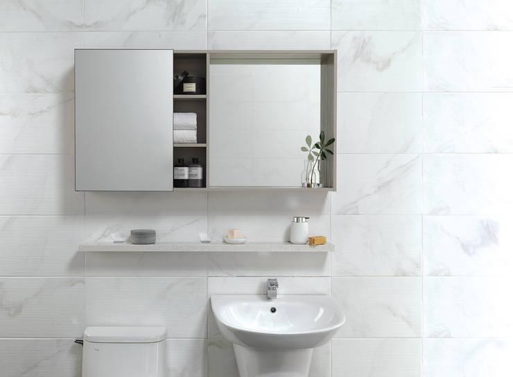 이누스바스 부띠끄마블 수납장: inus의  욕실,모던