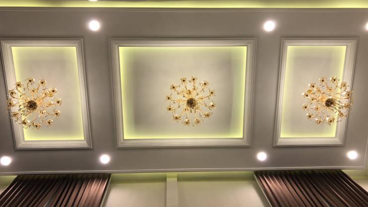 Desain Ceiling:  Koridor dan lorong by PT. Leeyaqat Karya Pratama