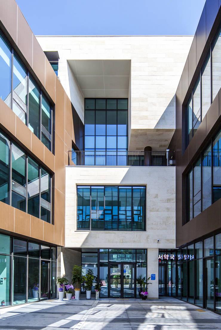 중정부: 201 건축사사무소의  주택,
