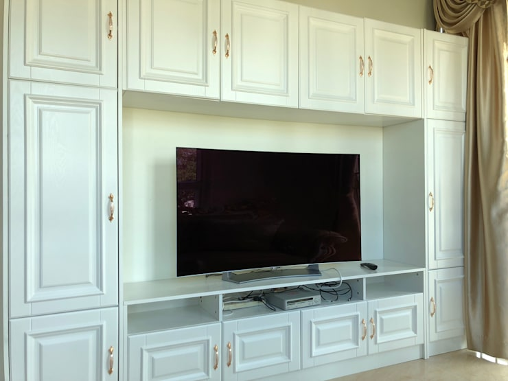 Kabinet TV:  Living room by PT. Leeyaqat Karya Pratama
