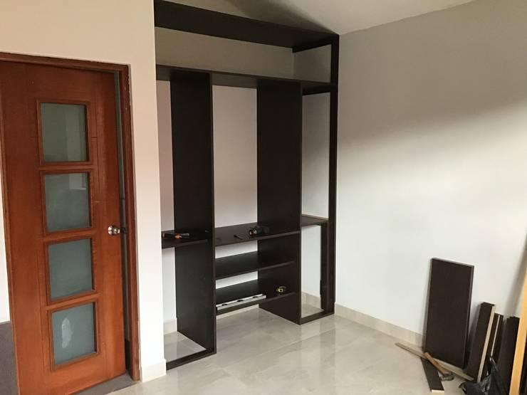 Dormitorio : Closets de estilo  por ARDI Arquitectura y servicios