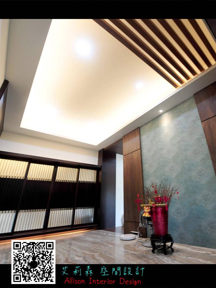 三星 禪:  走廊 & 玄關 by 艾莉森 空間設計