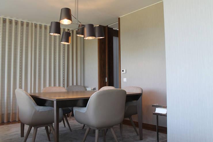 Sala de Jantar: Sala de jantar  por Conceicao Lopes