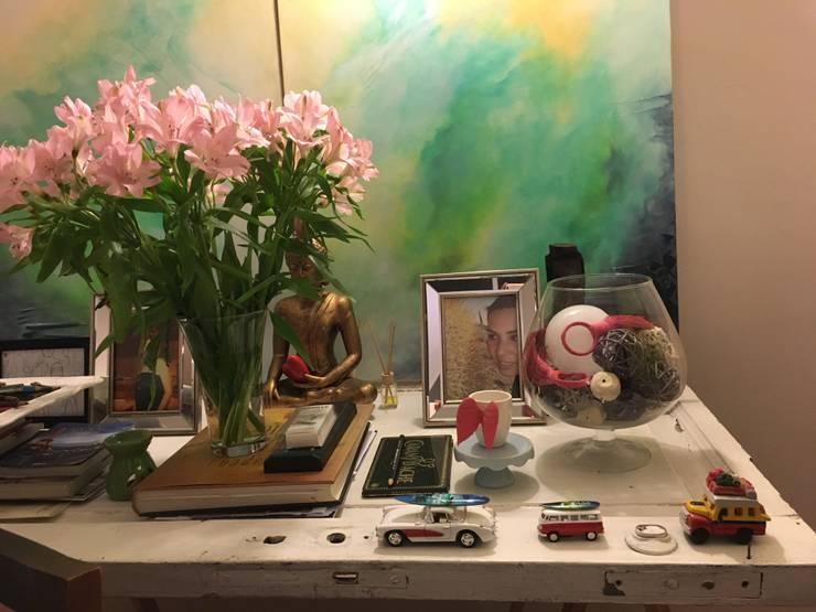Interiorismo: Hogar de estilo  por Graciela Ferrada