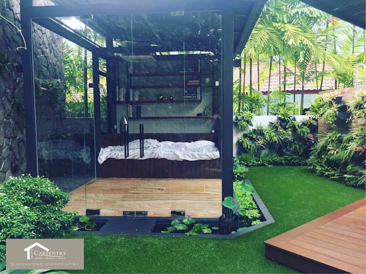 Sunroom in the Garden: eclectic Garden by Singapore Carpentry