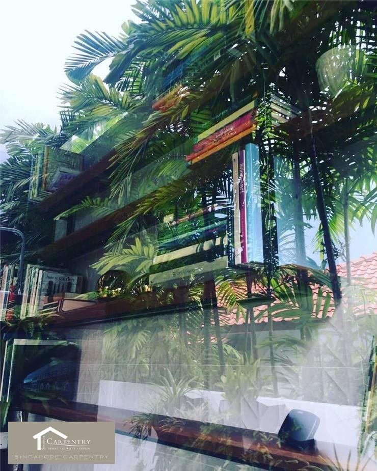 Shelves :  Garden by Singapore Carpentry Interior Design Pte Ltd