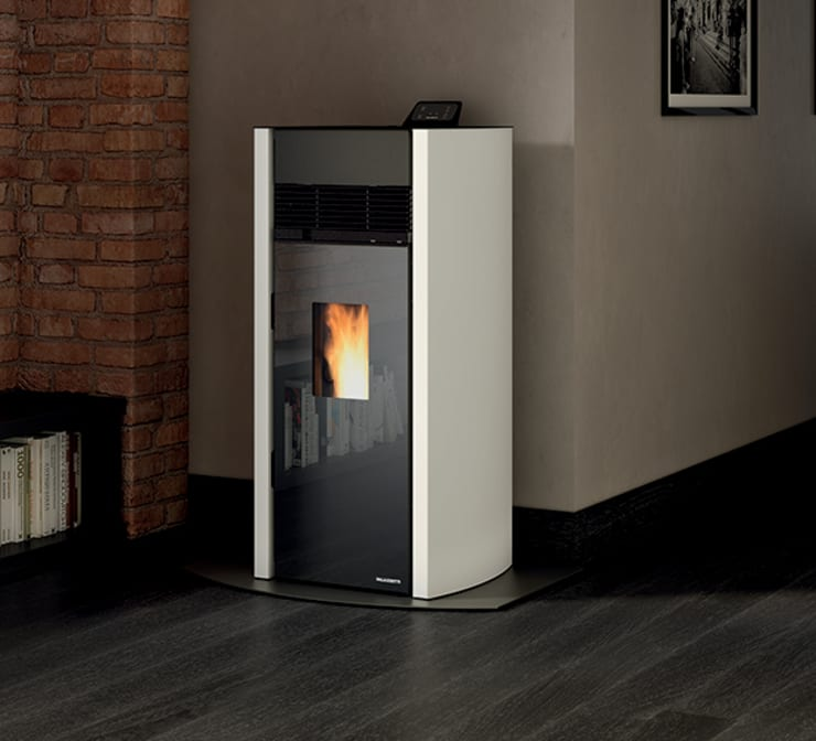 New kid on the block - Bianca Lux 12kw pellet unit: minimalist  by Italian Vibes PTY, Minimalist