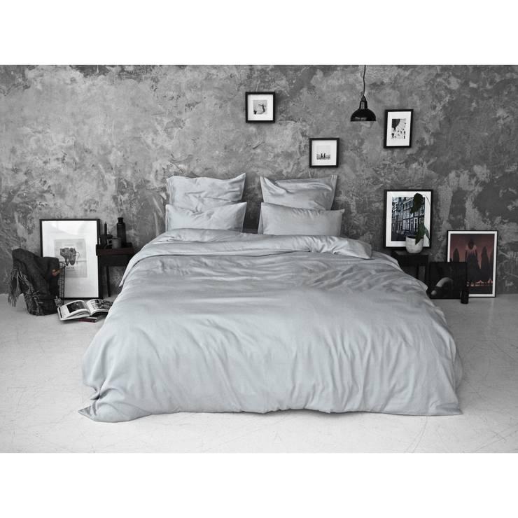 About us: scandinavian Bedroom by Bedroommood