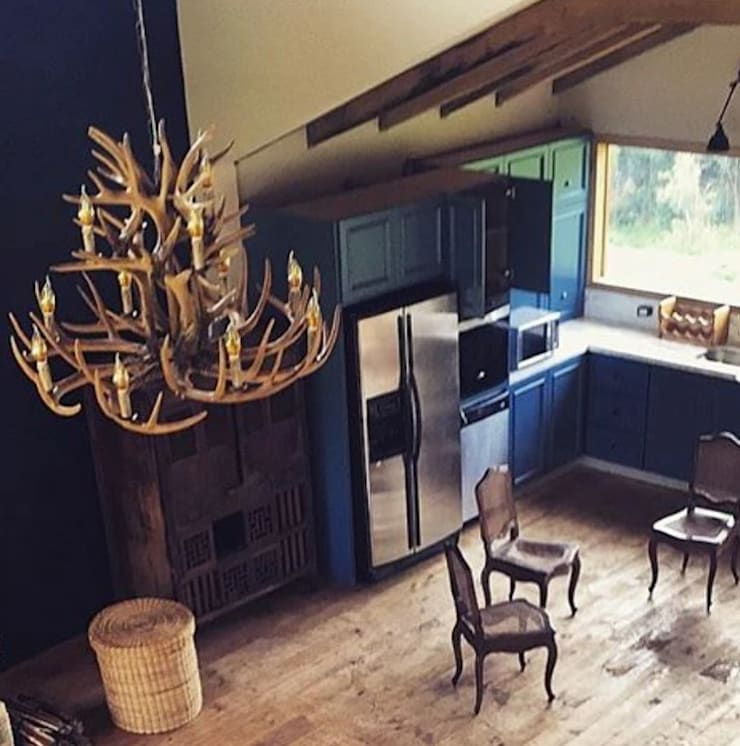 Casa Río Frio :  de estilo  por CASA DINAMICA   Arquitectos de Interiores   Bogotá, Rústico Madera Acabado en madera