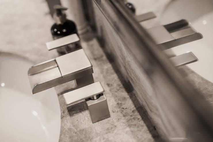 瀑布出水龍頭:  衛浴 by Formula Faucet